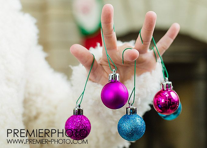 Casual, fun holiday family photography in Wilmette, IL