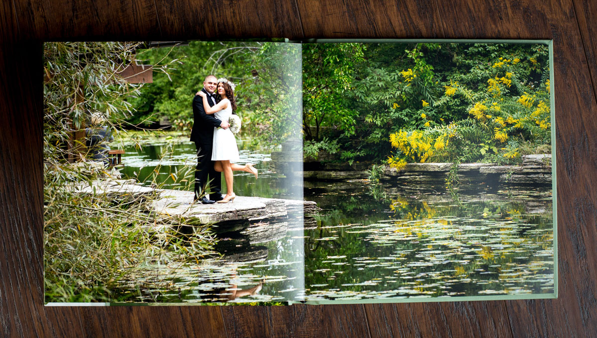 Handmade wedding photo album by PREMIERPHOTO